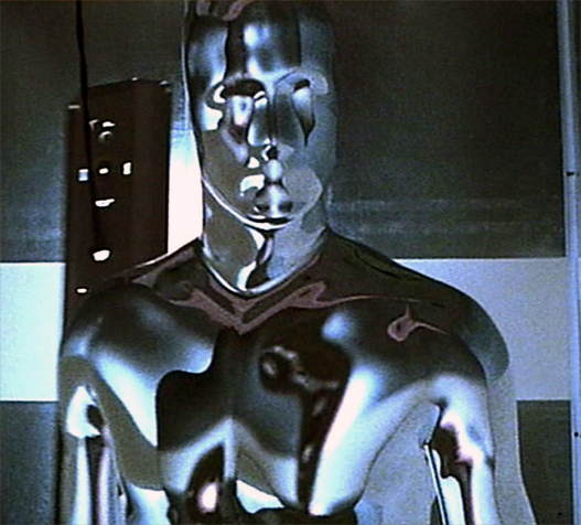The T-1000 in its default (metalic) form.