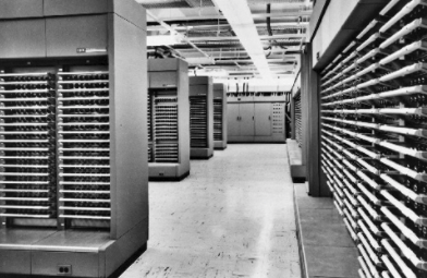 The enormous AN/FSQ-7 computer built by IBM was the heart of the SAGE system.