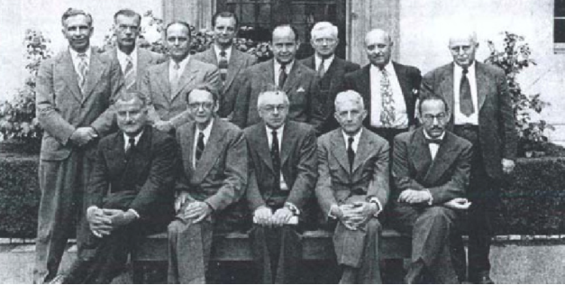 photo of participants in the Hixon Symposium