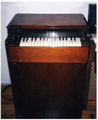 Photograph of the Chamberlin Model 200